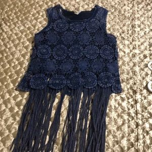 Buckle GIMMICKS navy blue lace fringe tank top